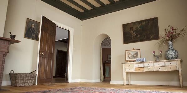 Tuinkamer laag naar deur en doorgang morningroom 300x600